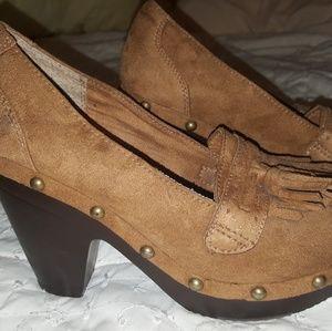 Unionbay moccasins heels
